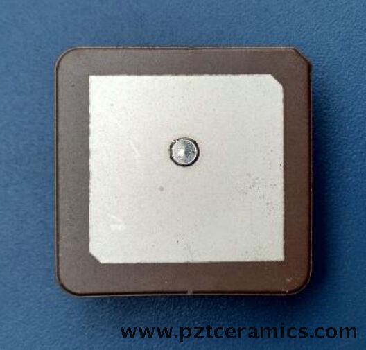 Dispositivo piezoelettrico per antenna in ceramica GPS